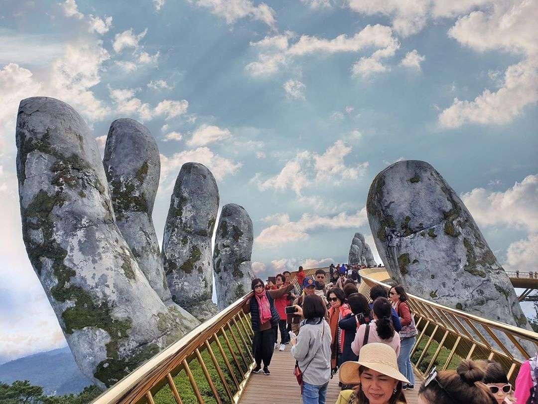 hình ảnh cầu vàng Đà Nẵng